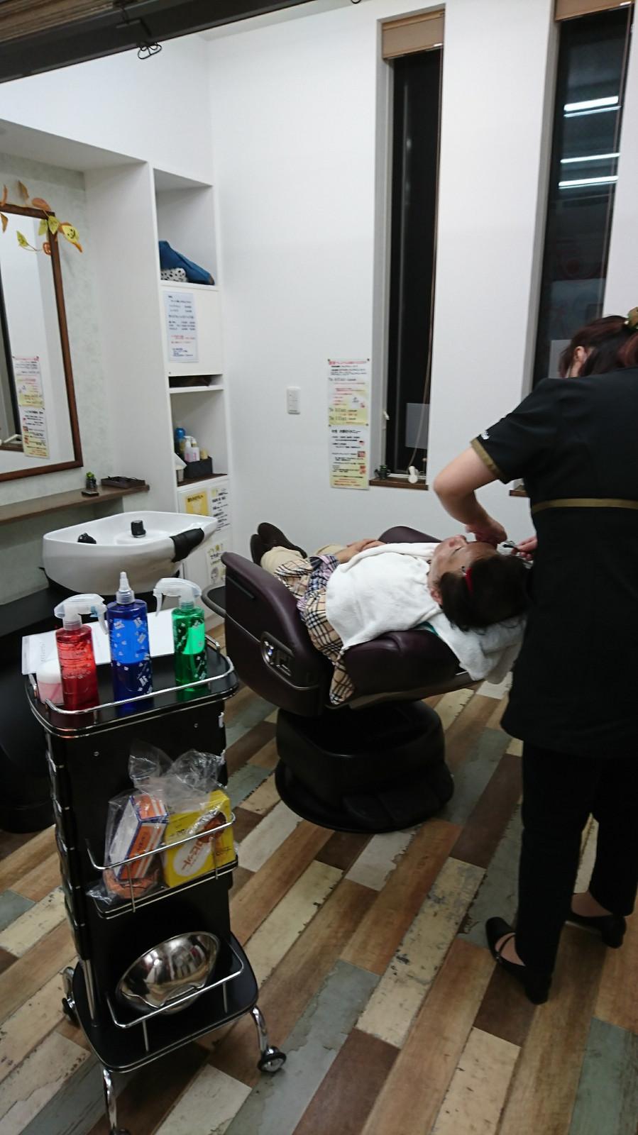 理容 室 顔 剃り 値段